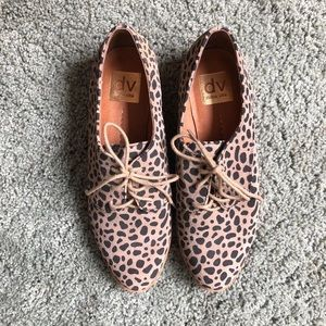 Dolce vita cheetah shoes